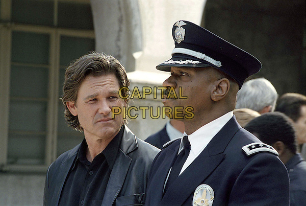 KURT RUSSELL and VING RHAMES star as Eldon Perry and Arthur Holland in United ArtistsÍ drama DARK BLUE..Filmstill - Editorial Use Only .Ref: FB  .www.capitalpictures.com.sales@capitalpictures.com.Supplied by Capital Pictures