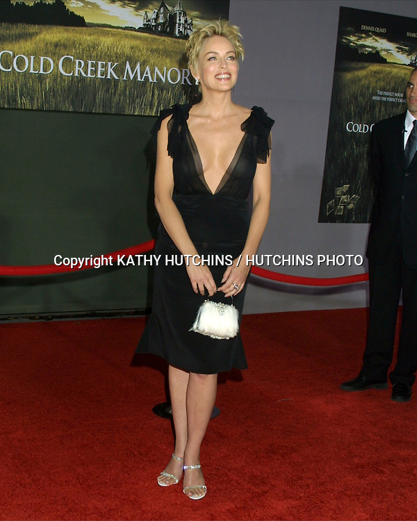 """©2003 KATHY HUTCHINS / HUTCHINS PHOTO.WOLRD PREMIERE OF """"COLD CREEK MANOR"""".EL CAPITAN THEATER.HOLLYWOOD, CA.SEPTEMBER 17, 2003..SHARON STONE"""