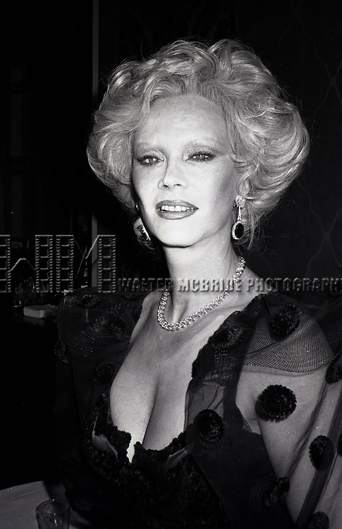 Monique Van Vooren attends the Friars Club honored Cary Grant as their Man of the Year on May 16, 1982 at the Waldorf Astoria in New York City.