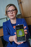 Gillian Martin MSP has persuaded a college to make a video about sexting to be shown in schools. 25 Jan 2018.  Kirkcaldy. Copyright photo by Tina Norris 07775 593 830 No unauthorised use including web use.