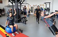 20170608 – TUBIZE , BELGIUM : illustration picture shows a part of the red flames team with Laura De Neve (left) , Physio Fabienne Van De Steene  (middle) and Nicky Van De Abbeele (r) during a fitness and physical session at the fitnessroom of the Belgian national women's soccer team Red Flames trainingscamp to prepare for the Women's Euro 2017 in the Netherlands, on Thursday 8 June 2017 in Tubize.  PHOTO SPORTPIX.BE | DAVID CATRY