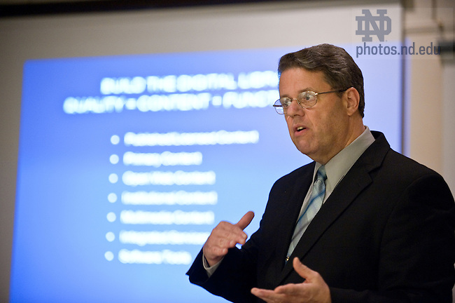 Jim Neal gives a presentation in Hesburgh Library...Photo by Matt Cashore/University of Notre Dame