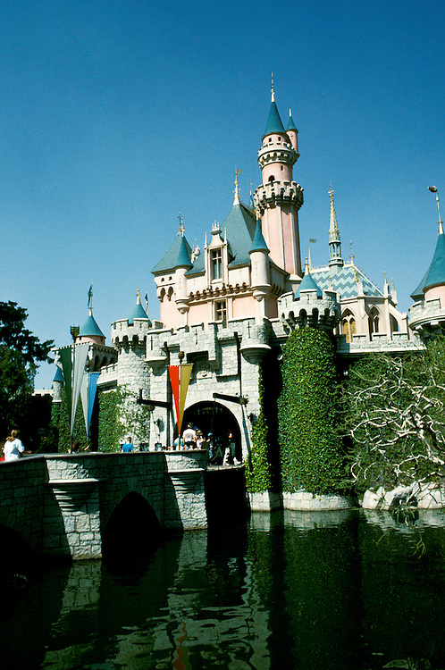 California: Los Angeles. Disneyland, Cinderella's Castle..Photo copyright Lee Foster, 510/549-2202, lee@fostertravel.com, www.fostertravel.com..Photo #: calosa104
