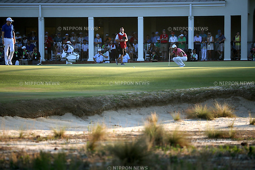Martin Kaymer (GER),<br /> JUNE 14, 2014 - Golf :<br /> Martin Kaymer of Germany lines up on the 18th hole during the third round of the 114th U.S. Open Championship at Pinehurst Resort Country Club No.2 Course in Pinehurst, North Carolina, United States. (Photo by Koji Aoki/AFLO SPORT) [0008]