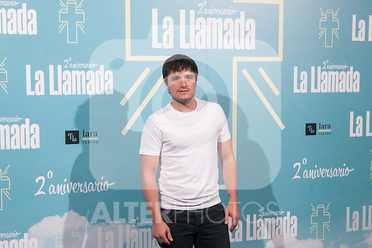 US actor Josh Hutcherson attends La Llamada theater play in Madrid, Spain. April 15, 2015. (ALTERPHOTOS/Victor Blanco)