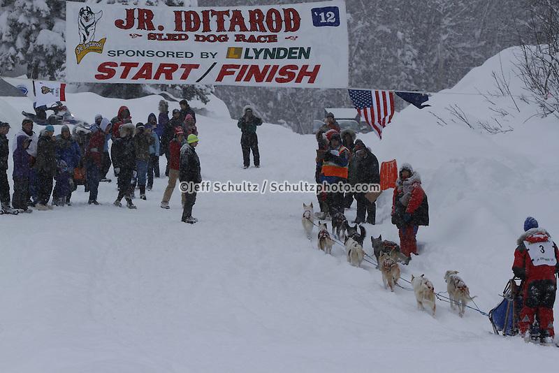Finish of junior Iditarod  Jesse Klejka.