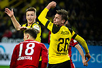 10.11.2018, Signal Iduna Park, Dortmund, GER, 1.FBL, Borussia Dortmund vs FC Bayern M&uuml;nchen, DFL REGULATIONS PROHIBIT ANY USE OF PHOTOGRAPHS AS IMAGE SEQUENCES AND/OR QUASI-VIDEO<br /> <br /> im Bild | picture shows:<br /> Marco Reus (Borussia Dortmund #11) und Lukasz Piszczek (Borussia Dortmund #26) schauen dem Ball hinterher, <br /> <br /> Foto &copy; nordphoto / Rauch