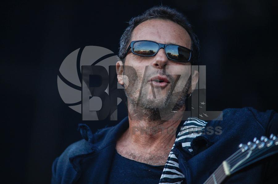 LISBOA, PORTUGAL, 26 MAIO 2012 -  ROCK IN RIO LISBOA - Apresentacao das bandas Xutos & Titas no palco Mundo, no segundo dia do Rock In Rio Lisboa na cidade do Rock, em Lisboa Portugal. (FOTO: WILLIAM VOLCOV / BRAZIL PHOTO PRESS).