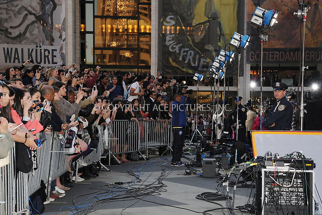WWW.ACEPIXS.COM . . . . . .May 1, 2013...New York City...Fans and police at 'The Great Gatsby' world premiere at Avery Fisher Hall at Lincoln Center for the Performing Arts on May 1, 2013 in New York City ....Please byline: KRISTIN CALLAHAN - ACEPIXS.COM.. . . . . . ..Ace Pictures, Inc: ..tel: (212) 243 8787 or (646) 769 0430..e-mail: info@acepixs.com..web: http://www.acepixs.com .