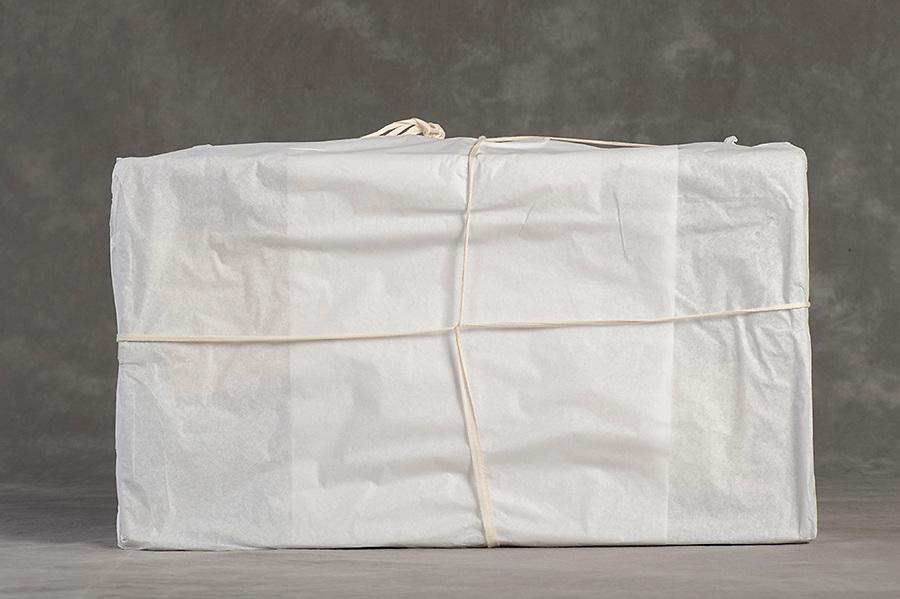 Willard Suitcases / Jean D / ©2014 Jon Crispin