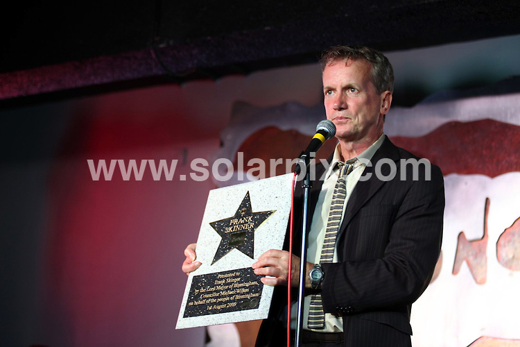"""**ALL ROUND PICTURES FROM SOLARPIX.COM**.**WORLDWIDE SYNDICATION RIGHTS**.comedian and presenter Frank Skinner being inducted into Birmingham's """"Walk of the Stars"""" at Jongleurs Comedy club. The presentation was made by the Lord Mayor of Birmingham, Counsellor Michael Wilkes. Birmingham, UK. 1 August 2009..This pic: Frank Skinner..JOB REF: 9664 NYA     DATE: 01_08_2009.**ALL ROUND EXCLUSIVE PICTURES FROM SOLARPIX.COM"""