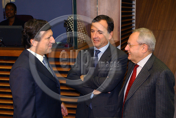 Brussels-Belgium - November 24, 2004---The Euroepan Commission meets for the first time on its regular-weekly cycle at its refurbished Headquarters 'Berlaymont'; here, the President of the EC, Jose (José) Manuel BARROSO (le) from Portugal, with the Vice-Presidents and European Commissioners Franco FRATTINI (ce) from Italy, in charge of Justice, Freedom and Security, and Jacques BARROT (ri) from France, in charge of Transport---Photo: Horst Wagner/eup-images
