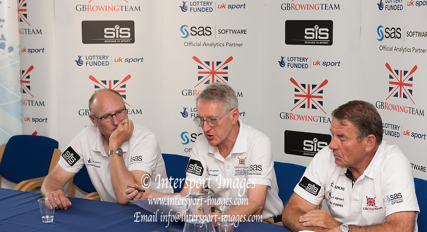 Caversham, England, Top Table at the PC. left, Paul THOMPSON, GBR Chief Coach Womens Squard and Men's Lights weights, centre Sir David TANNER, Performance Director and right, Men's Chief coach, Jurgan GROBLER. 2015 GBRowing World Championship Team Announcement. Tuesday. 21.07.2015.  At the Reading Training Base. [Mandatory Credit. Peter SPURRIER/Intersport Images]