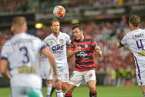 26.02.2016. Pirtek Stadium, Parramatta, Australia. Hyundai A-League. Western Sydney Wanderers versus Perth Glory. Wanderers forward Mark Bridge wins a header.
