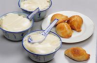 Asie/Singapour/Singapour: East Coast Road - Petit déjeuner - Fromage de soja et Gâteaux au curry