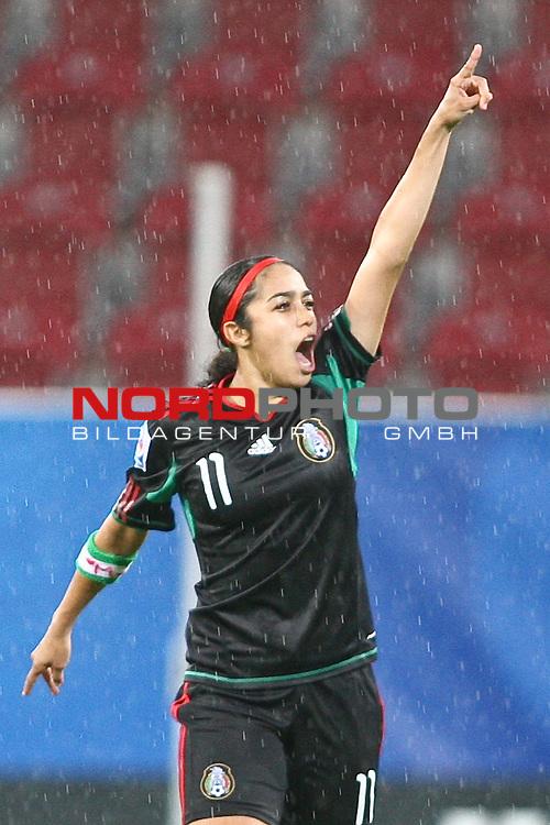 17.07.2010,  Augsburg, GER, FIFA U20 Womens Worldcup, England vs Mexico,  im Bild freude nach dem 0-1 Cuellar Renae (Mexico Nr.11)  , Foto: nph /  Straubmeier