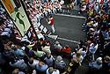 08/07/02 - THIERS - PUY DE DOME - FRANCE - La PAMPARINA. Festival de musique de rue - Photo Jerome CHABANNE