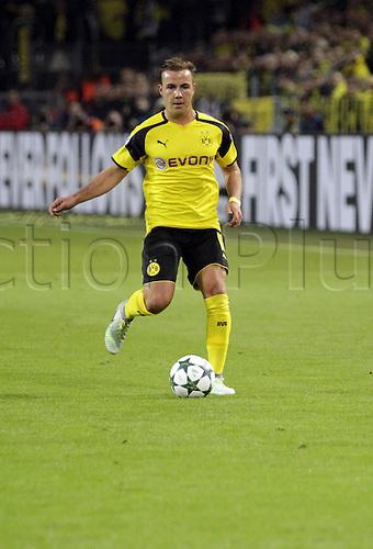 27.09.2016. Signal Iduna Park, Dortmund, Germany. UEFA Champions League Football. Borussia Dortmund versus Real Madrid. Gotze in action