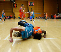 29th November 2019; Bendat Basketball Centre, Perth, Western Australia, Australia; Womens National Basketball League Australia, Perth Lynx versus Southside Flyers; Rebecca Cole of the Southside Flyers falls over Ariel Atkins of the Perth Lynx - Editorial Use