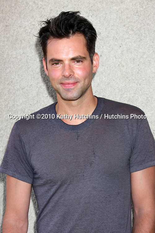 LOS ANGELES - JUL 24:  Jason Thompson at  the 2010 General Hospital Fan Club Lunchen  at Airtel Hotel on July24, 2010 in Van Nuys, CA ....