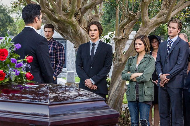 "Steven Cabral as Raymond Collins, the Funeral Director, Tyler Blackburn as Caleb and Nicole Gale Anderson as Miranda in ABC Family's ""Ravenswood""."