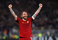Roma s Daniele De Rossi celebrates during the Uefa Champions League quarter final second leg football match between AS Roma and FC Barcelona at Rome's Olympic stadium, April 10, 2018.<br /> UPDATE IMAGES PRESS/Riccardo De Luca