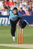Naveed Arif Gondal in bowling action for Sussex - Essex Eagles vs Sussex Sharks - Friends Life T20 Cricket at the Ford County Ground, Chelmsford, Essex - 28/06/12 - MANDATORY CREDIT: Gavin Ellis/TGSPHOTO - Self billing applies where appropriate - 0845 094 6026 - contact@tgsphoto.co.uk - NO UNPAID USE.