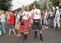 Nederland Amsterdam  2016 07 23.  EuroPride 2016 begint met Roze Zaterdag . Pride Walk door de stad. Foto mag niet in negatieve context gebruikt worden.  Foto Berlinda van Dam / Hollandse Hoogte