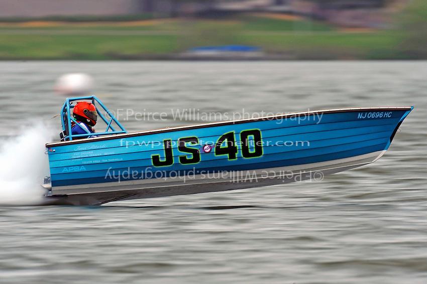 "JS-40 ""Deja Vu'""    (Jersey Speed Skiff(s)"
