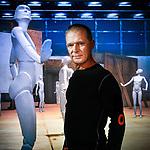 Gilles Jobin est un des chorégraphes suisses qui marquent l'époque. Il a conçu un spectacle virtuel, immersion dansante dans la nouvelle Comédie de Genève. Genève Septembre 2020. ©Nicolas Righetti/Lundi13