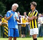 Nederland, Papendal, 1 juli 2012.Seizoen 2012-2013.Eerste training Vitesse .Fred Rutten, de nieuwe trainer-coach van Vitesse in gesprek met Marco van Ginkel