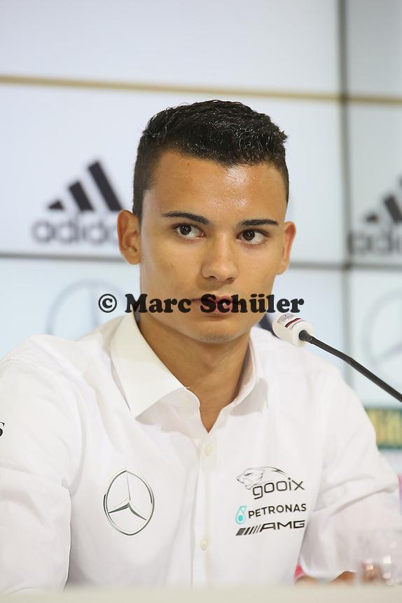 DTM Fahrer Pascal Wehrlein - Pressekonferenz der Deutschen Nationalmannschaft  zur WM-Vorbereitung in St. Martin
