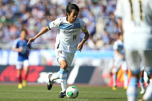Kengo Nakamura (Frontale),.APRIL 13, 2013 - Football / Soccer :.2013 J.League Division 1 match between Yokohama F Marinos 2-1 Kawasaki Frontale at Nissan Stadium in Kanagawa, Japan. (Photo by Kenzaburo Matsuoka/AFLO)