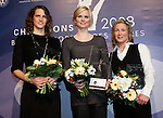 Die deutsche Schwimmerin Britta Steffen beendet ihre Karriere - Archiv aus  13.12.2008<br />  <br /> Champions 2008<br /> Britta Steffen, Lena Schoeneborn, Claudia Pechstein<br /> <br /> <br />  <br /> <br />   <br /> Foto &copy; nph /  Schulz