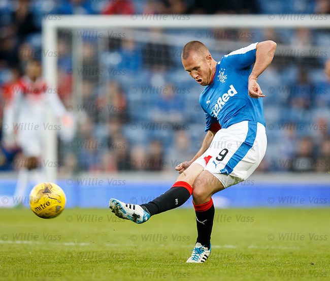 Kenny Miller has a shot