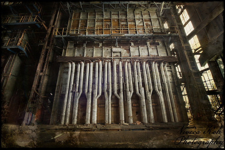 Abandoned Belgian powerstation http://www.vivecakohphotography.co.uk/2011/10/17/urbex-cathedral/