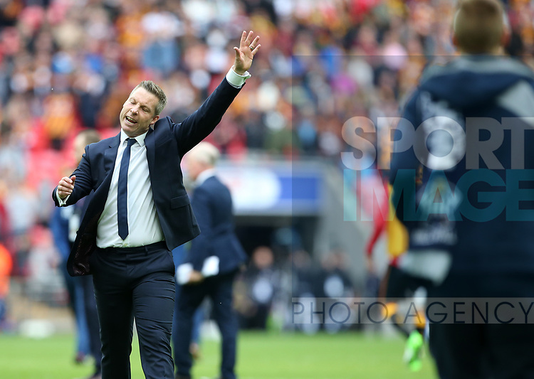 Millwall's Neil Harris tells the players to get off the pitch during the League One Play-Off Final match at Wembley Stadium, London. Picture date: May 20th, 2017. Pic credit should read: David Klein/Sportimage