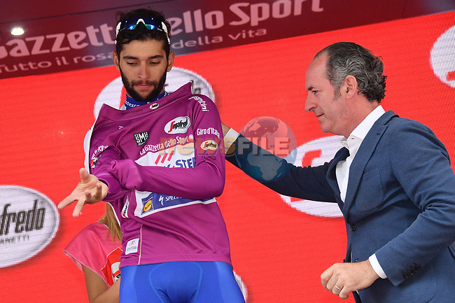 Fernando Gaviria (COL) Quick-Step Floors ensures he wins the points Maglia Ciclamino at the end of Stage 20 of the 100th edition of the Giro d'Italia 2017, running 190km from Pordenone to Asiago, Italy. 27th May 2017.<br /> Picture: LaPresse/Gian Mattia D'Alberto | Cyclefile<br /> <br /> <br /> All photos usage must carry mandatory copyright credit (&copy; Cyclefile | LaPresse/Gian Mattia D'Alberto)