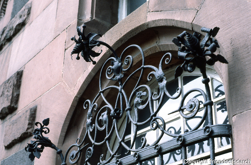 Frankfurt: Window and Ironwork, Romer.