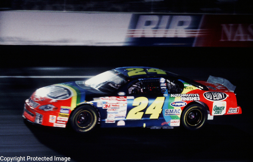 Jeff Gordon races to victory under the lights at  Richmond, VA in the  Chevy Monte Carlo 400, September 2000. ( photo by Brian Cleary)