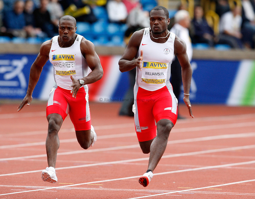 Photo: Richard Lane/Richard Lane Photography. Aviva National Championships, Incorporating the Team GB Selection Trials, Birmingham. 12/07/2008. Mark Findley in the men's 100m. Harry Aikines Ayrettey (lt) and Simeon Williamson in the men's 100m.