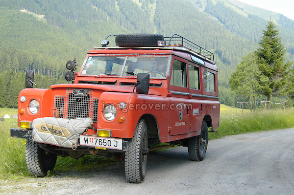Austria, Boesenstein Offroad Classic, Hohentauern, Steiermark, 25-26.06.2005. Land Rover Serie 2a 109 Station Wagon LWB as an austrian fire engine, conversion by Rosenbauer (Rosenbauer Feuerwehr), Reg: W7650J. --- No releases available. Automotive trademarks are the property of the trademark holder, authorization may be needed for some uses.