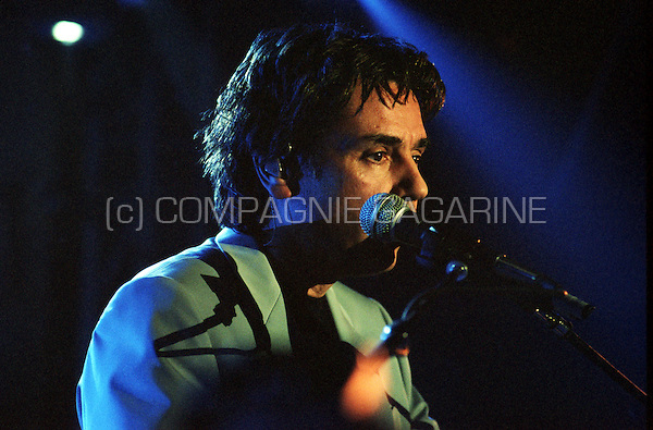 "Jean Michel Jarre's exclusive show case of his new album ""Metamorphoses"" in the Man Ray Bar, Paris (France, 31/01/2000)"