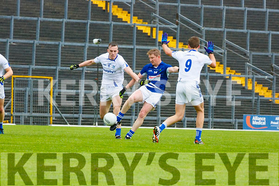 Mike Frank Russell Laune Rangers and Templenoe contest the kick out during their IFC semi final in Fitzgerald Stadium on Saturday.