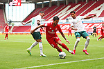 Danny Latza (FSV Mainz 05) im Zweikampf mit Leonardo Bittencourt (SV Werder Bremen) und Theodor Gebre Selassie (SV Werder Bremen), <br /> <br /> Sport: Fussball: 1. Bundesliga:: nphgm001:  Saison 19/20: 33. Spieltag: 1. FSV Mainz 05 vs SV Werder Bremen 20.06.2020<br /> <br /> <br /> Foto: Neis/Eibner/Pool/via gumzmedia/nordphoto<br /> <br /> DFB regulations prohibit any use of photographs as image sequences and/or quasi-video.<br /> Editorial Use ONLY<br /> National and International News Agencies OUT<br /> <br />  DFL REGULATIONS PROHIBIT ANY USE OF PHOTOGRAPHS AS IMAGE SEQUENCES AND OR QUASI VIDEO<br /> EDITORIAL USE ONLY<br /> NATIONAL AND INTERNATIONAL NEWS AGENCIES OUT