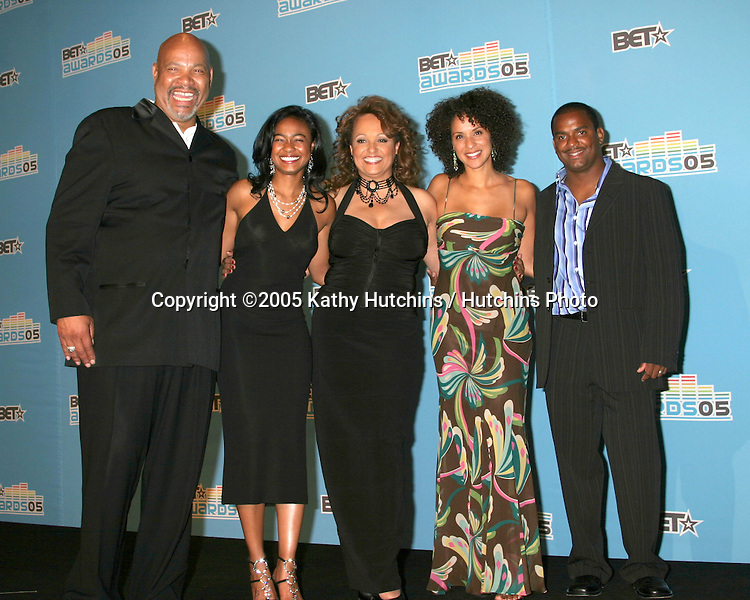 James Avery, Tatyana Ali, Daphne Maxwell-Reid, Karyn Parsons, and Alfonso Ribeiro.BET Awards.Kodak Theater.Los Angeles, CA.June 28, 2005.©2005 Kathy Hutchins / Hutchins Photo....