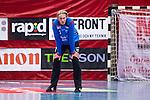 Eskilstuna 2014-05-15 Handboll SM-semifinal Eskilstuna Guif - Alings&aring;s HK :  <br /> Eskilstuna Guif m&aring;lvakt Aron Rafn Edvardsson ser nedst&auml;md ut<br /> (Foto: Kenta J&ouml;nsson) Nyckelord:  Eskilstuna Guif Sporthallen Alings&aring;s AHK SM Semifinal Semi depp besviken besvikelse sorg ledsen deppig nedst&auml;md uppgiven sad disappointment disappointed dejected portr&auml;tt portrait