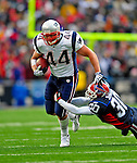 28 December 2008: New England Patriots' fullback Heath Evans gains 12 yards in the first quarter against the Buffalo Bills at Ralph Wilson Stadium in Orchard Park, NY. The Patriots kept their playoff hopes alive defeating the Bills 13-0 in their 16th win against Buffalo of their past 17 meetings. ***** Editorial Use Only ******..Mandatory Photo Credit: Ed Wolfstein Photo