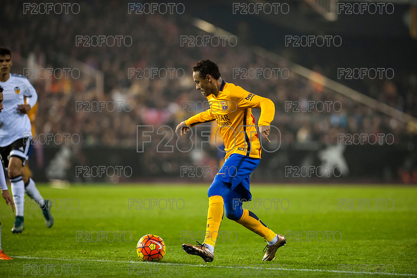 VALENCIA, SPAIN - DECEMBER 5: Neymar during BBVA LEAGUE match between Valencia C.F. and FC Barcelona at Mestalla Stadium on December 5, 2015 in Valencia, Spain