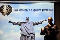 Rio de Janeiro, RJ   14/06/2013 - O Esquadrão Antibombas realizou, às 10h30min desta sexta-feira uma simulacao com o robo antiexplosivo mostrando como o equipamento age na neutralizacao de bombas e outros artefatos A ação faz parte da palestra Contramedidas às ações assimétricas  promovida pela Associação Brasileira da Indústria de Hotéis do Rio de Janeiro ABIH - RJ através do Forum de Seguranca a simulacao foi no Hotel Golden Tulip Regente na Avenida Atlântica zona sul da cidade<br /> <br /> Foto: Ingrid Cristina / Brazil Photo Press